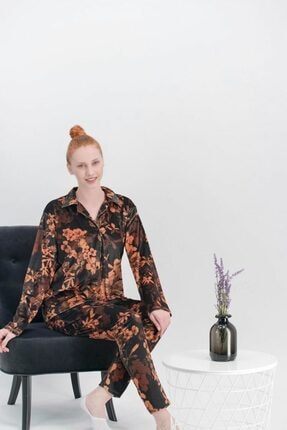 Arnetta Kadın Spring Flowers Siyah Kadife Gömlek Pijama Takımı 386