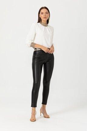 Seçil Kadın Siyah Deri Görünümlü Fit Kesim Pantolon 3009