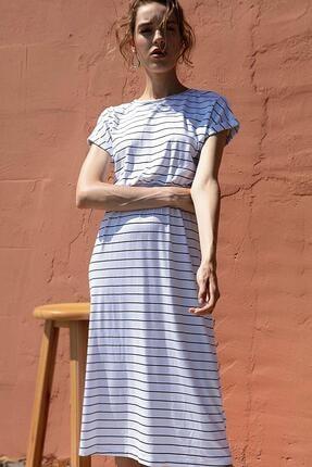 Y-London Kadın Beyaz Çizgili Yırtmaç Detaylı Örme Tişört Elbise Y20S174-5094