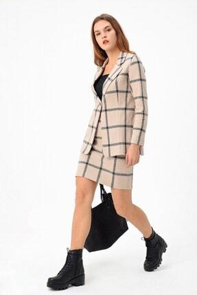 Jument Kadın Bej Desenli Uzun Kol Tek Düğme Kaşe Kışlık Ceket