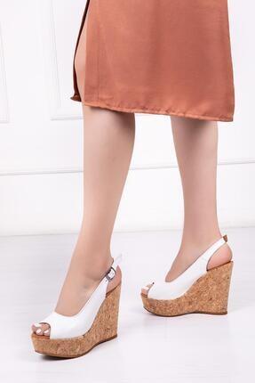 Deripabuc Hakiki Deri Beyaz Kadın Dolgu Topuklu Deri Sandalet Dp26-0054