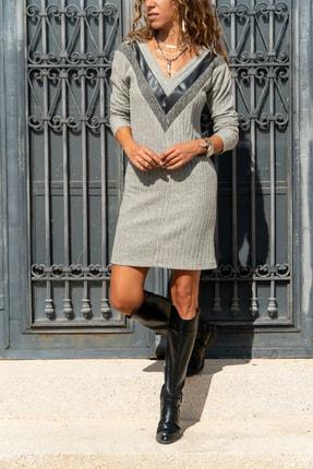 Güneşkızı Kadın Gri V Yaka Kendinden Desenli Deri Garnili Bloklu Elbise Gk-bst2994