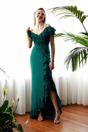 TrendyolMilla Yeşil Pilise Volan Detaylı Abiye & Mezuniyet Elbisesi TPRSS20AE0264