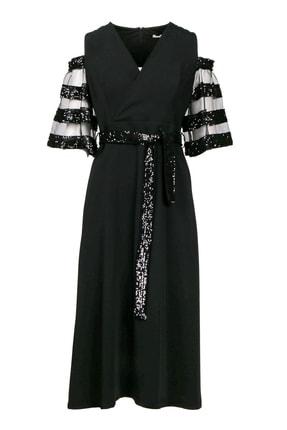 Seçil Kolları Tüllü Kemerli Elbise