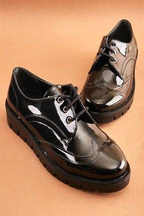 Bambi Siyah Rugan Kadın Oxford Ayakkabı K0522000798