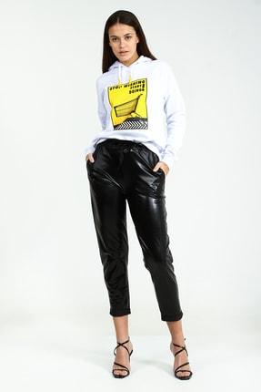 Collezione Beyaz Kapişonlu Önü Baskılı Uzun Kollu Kadın Sweatshirt