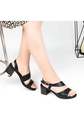 Pandora Kadın Siyah Topuklu Günlük Sandalet