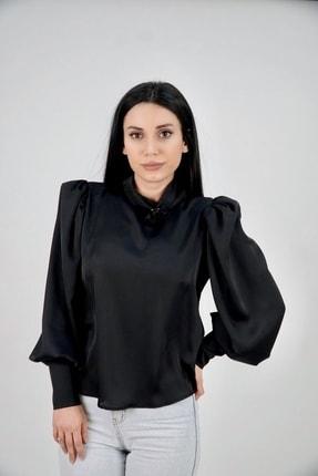 Lila Rose Kadın Siyah Dik Yaka Broşlu Saten Bluz