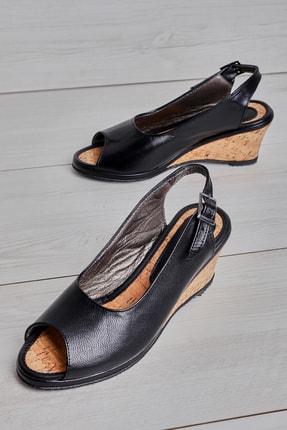 Bambi Hakiki Deri Siyah  Kadın Dolgu Topuklu Ayakkabı L05820321