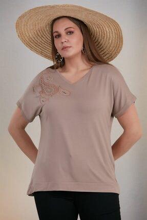 Rmg Kadın Vizon Omuz Nakış Detay Büyük Beden Tişört