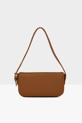 Bagmori Taba Kadın Kapaklı Kalıp Baget Çanta M000004657