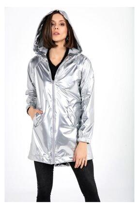 Tiffany Kadın Gri Kapşonlu Rugan Yağmurluk A0270