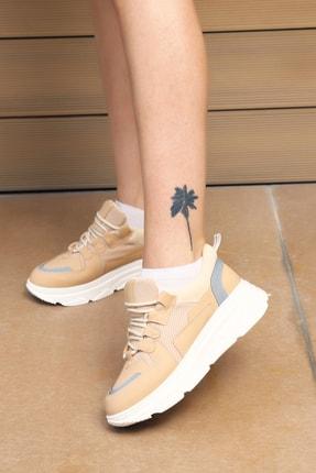 Ayakkabı Modası Kadın Sneaker
