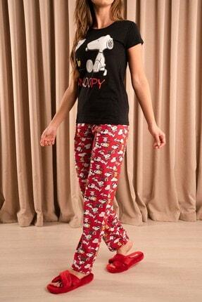 Hadise Snoopy Baskılı Pijama Takımı Siyah