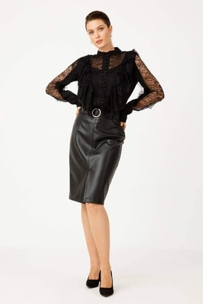 Moda İlgi Kadın Siyah Dantel Detaylı Düğmeli Gömlek