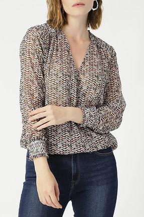 Random Kadın Kruvaze Yaka Kolu Fırfırlı Desenli Bluz %99 Polyester %1 Metallıc