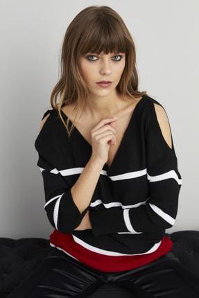 Cool & Sexy Kadın Siyah Bordo Omuzları Açık Triko Bluz MSS83