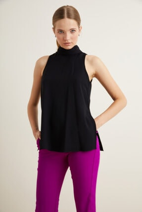 adL Kadın Siyah Yakası Fularlı Kolsuz Bluz