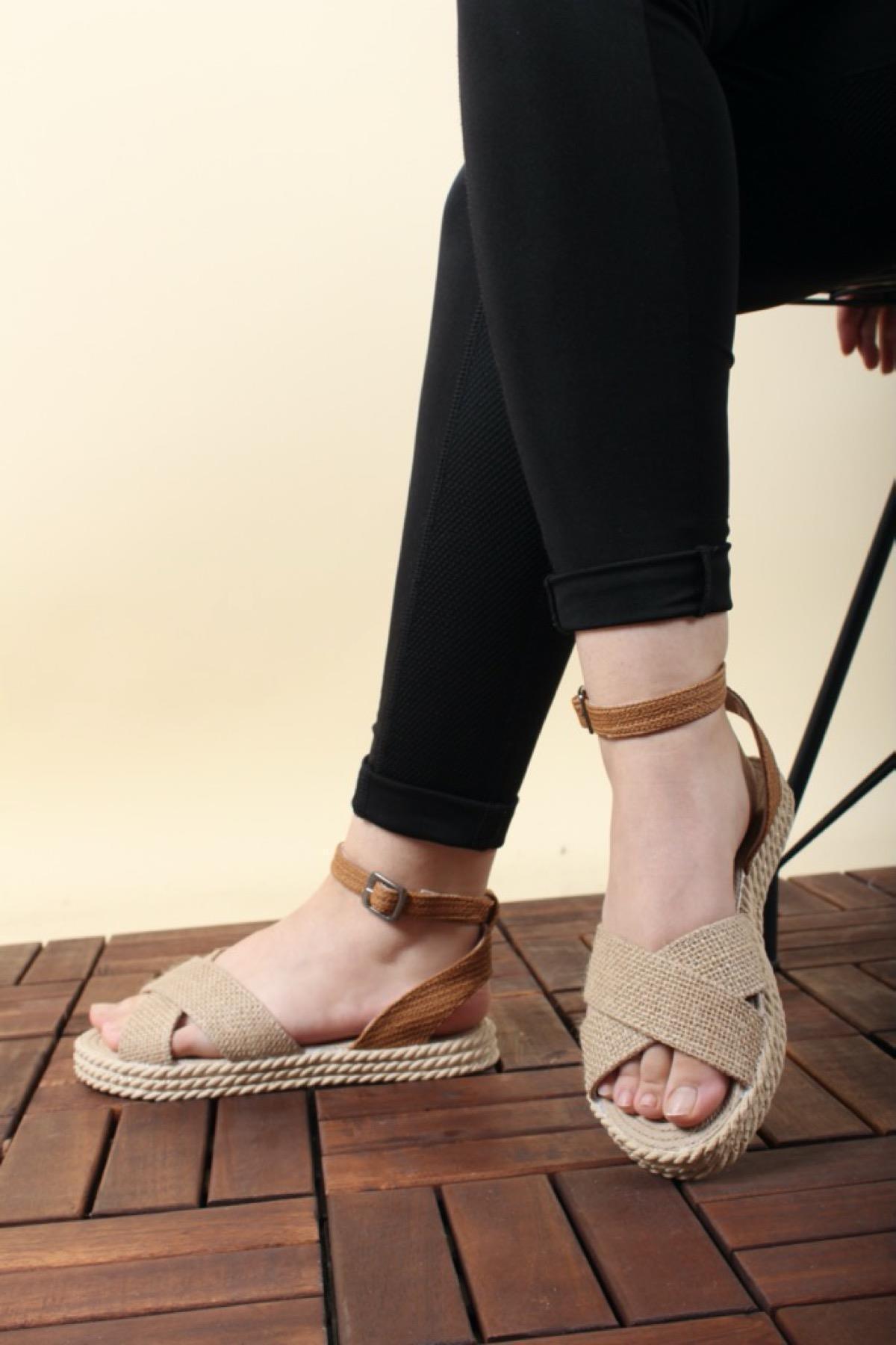 Oksit Giyim Florin 565 Hasır Kalın Taban Kadın Sandalet