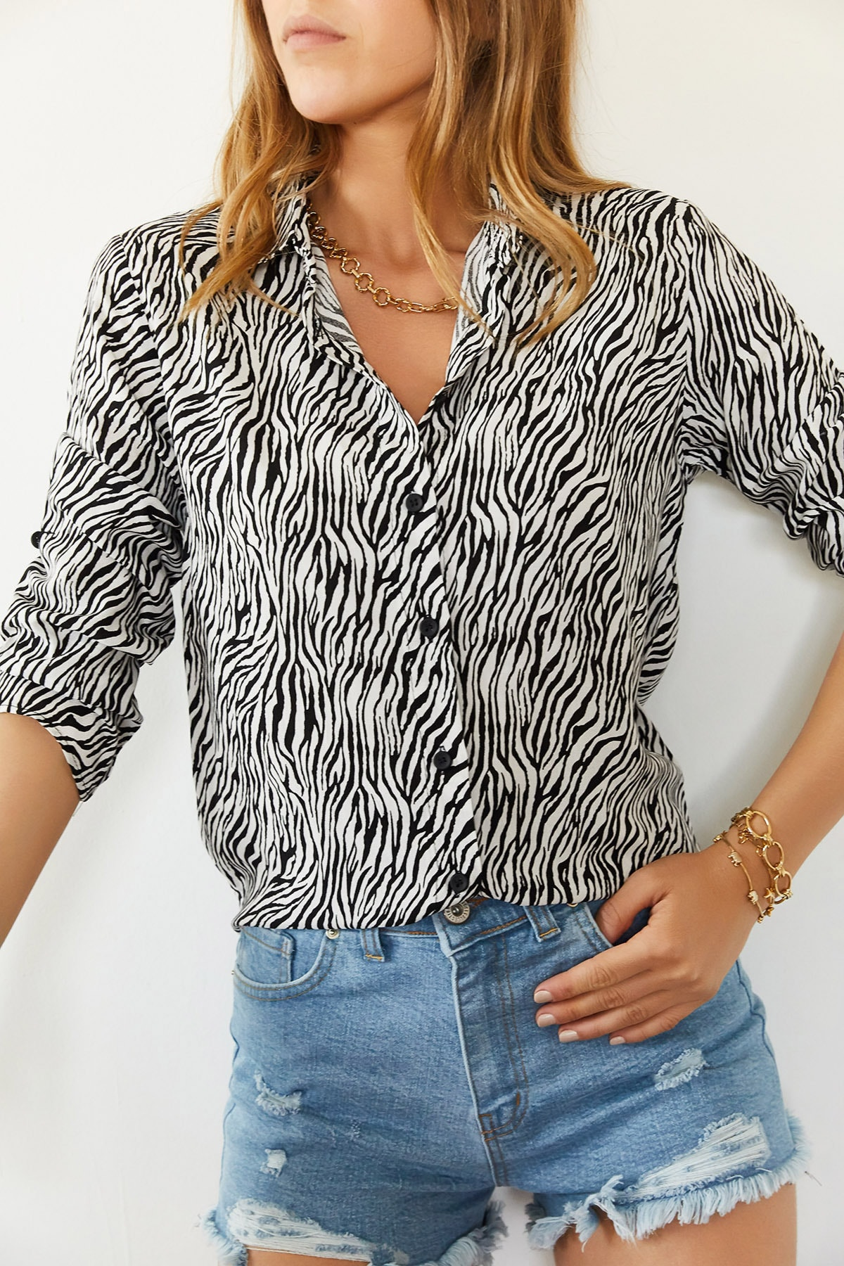 Xhan Kadın Siyah & Beyaz Desenli Yarasa Kol Gömlek 0YXK2-43946-02 8699443946021