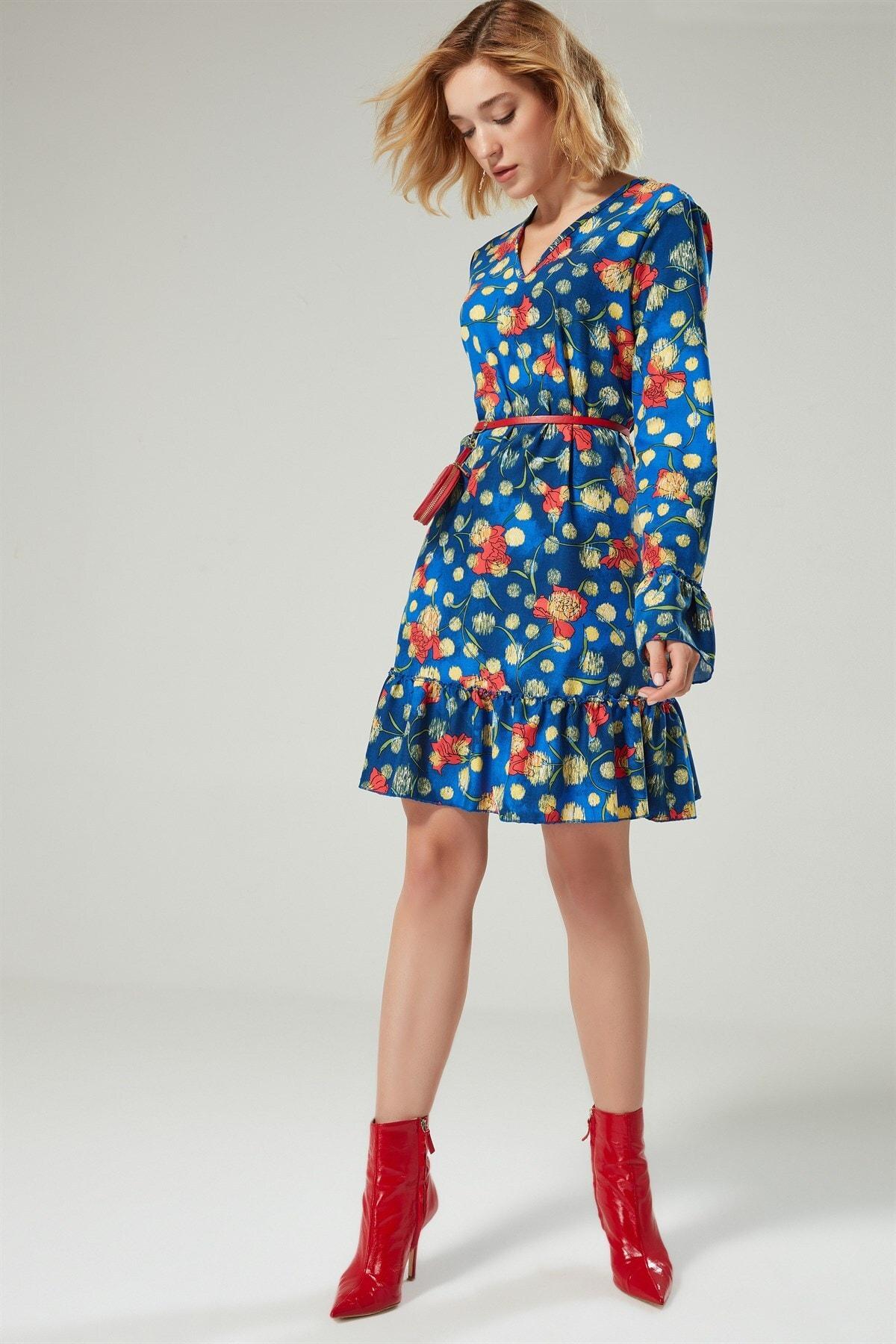 Boutiquen Kadın Mavi Çiçekli V Yaka Desenli Elbise 2150