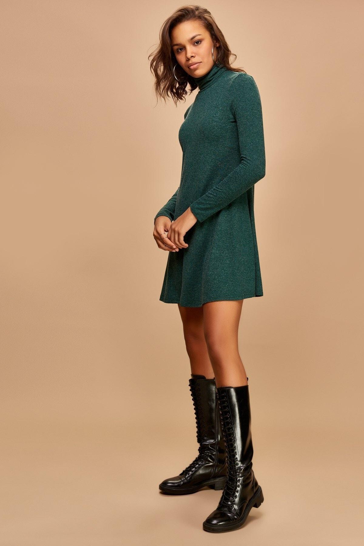 Boutiquen Kadın Yeşil Balıkçı Yaka Kırçıllı Elbise 2180