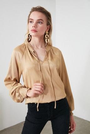 TrendyolMilla Vizon Yaka Detaylı Bluz TWOAW21BZ0138