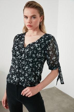 TrendyolMilla Siyah Çiçek Desenli Bluz TWOAW21BZ0149