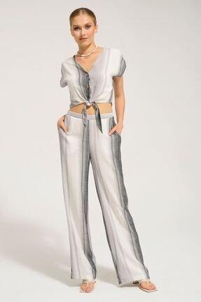 Batik Kadın Siyah Çizgili Bluz Y42733