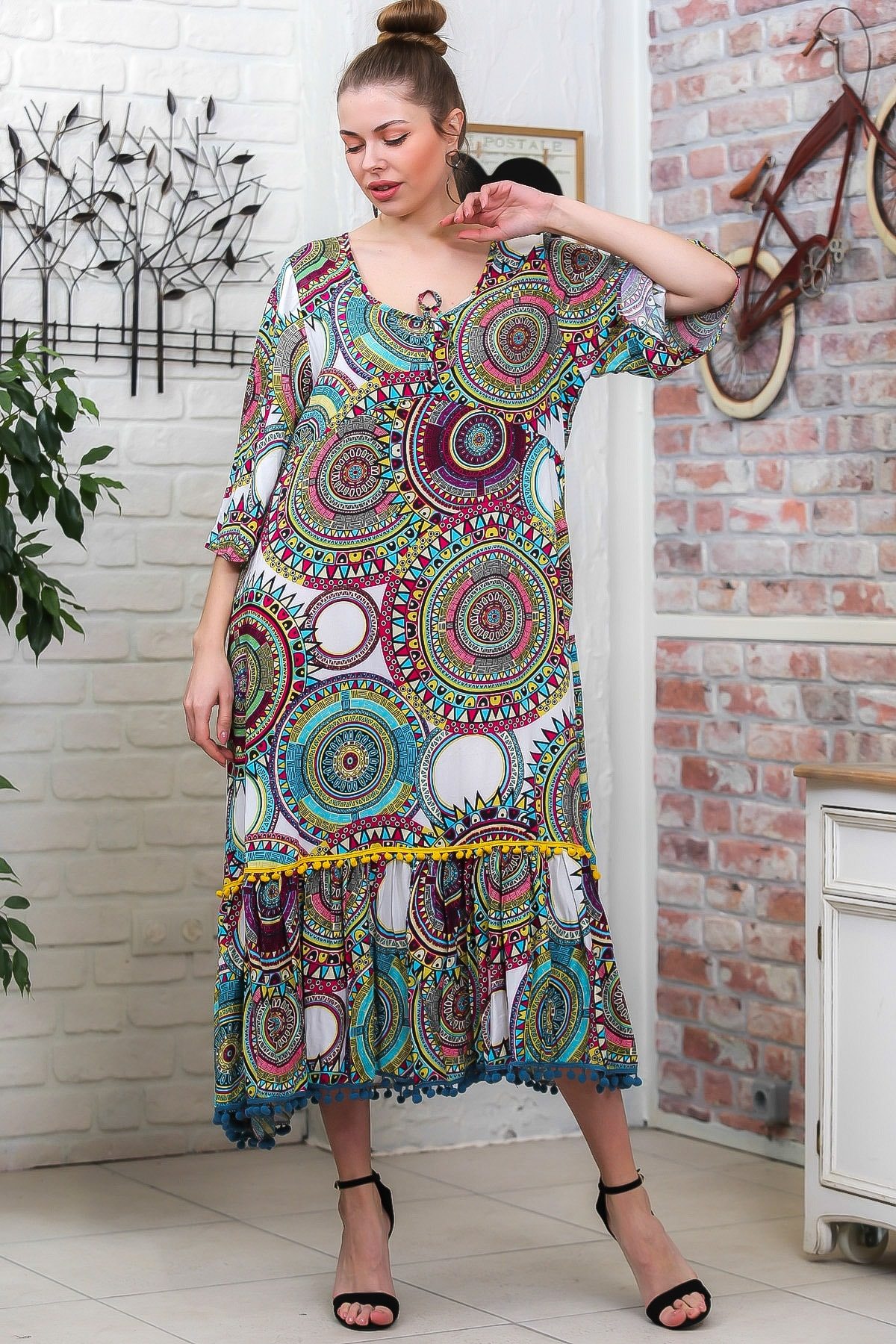 Chiccy Kadın Yeşil Geometrik Desen 3/4 Kol Etek Ucu Ponpon Detaylı Salaş Dokuma Elbise M10160000EL95772