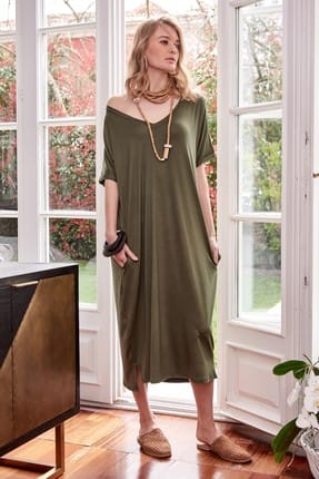 Boutiquen Kadın Haki Yeşili V Yaka Cepli Elbise 2100