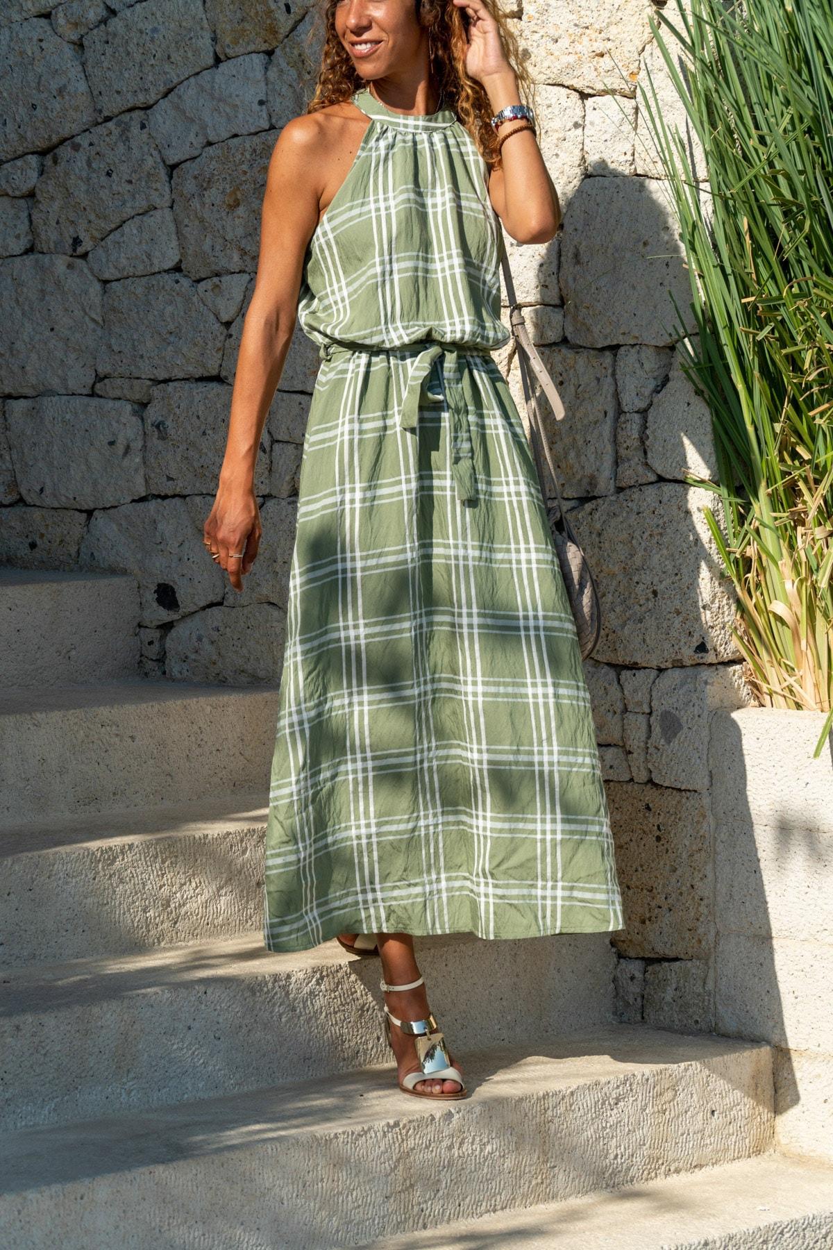Güneşkızı Kadın Haki Halter Yaka Kendinden Kemerli Uzun Elbise GK-BST2896