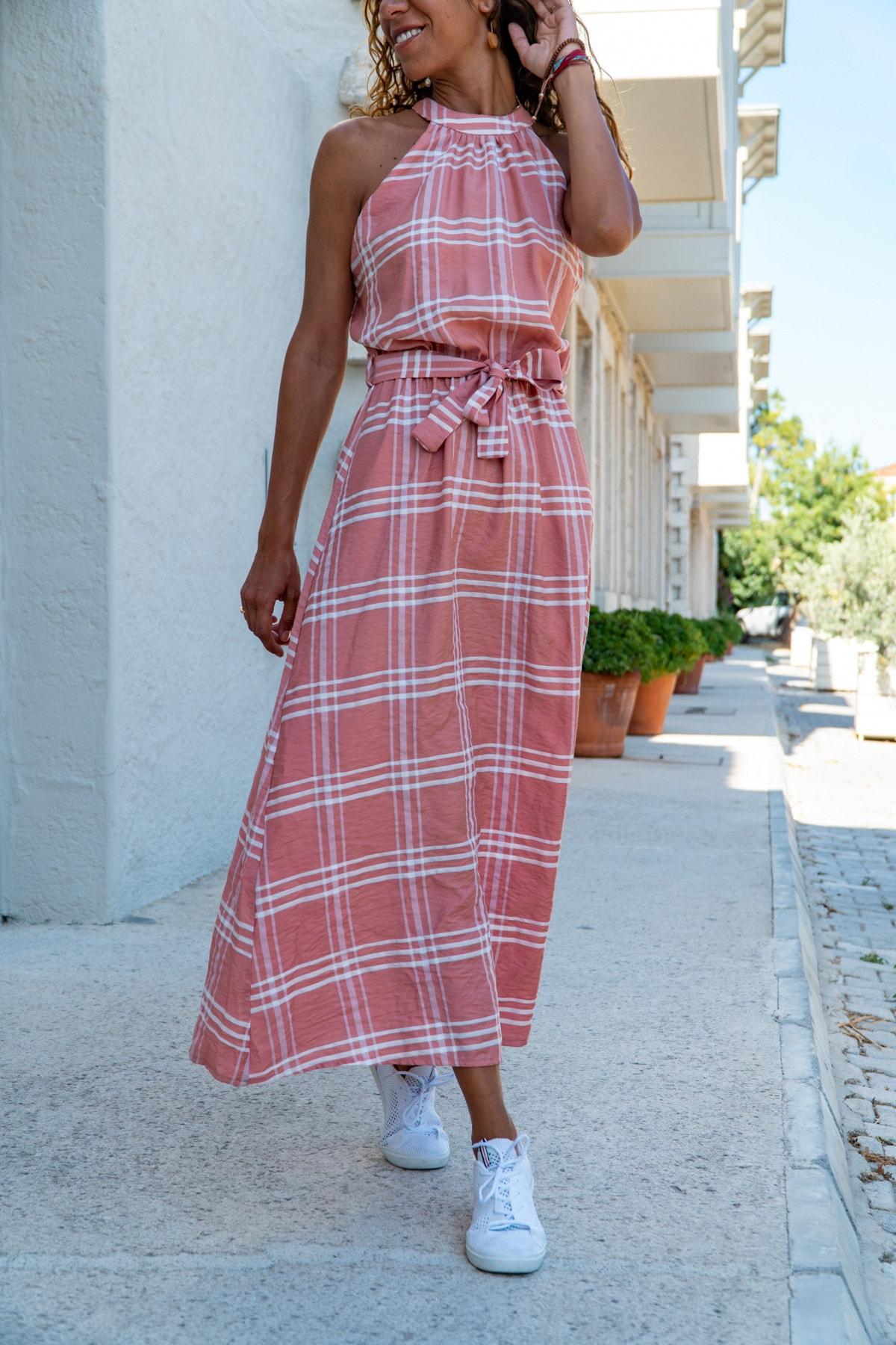 Güneşkızı Kadın Pudra Halter Yaka Kendinden Kemerli Uzun Elbise GK-BST2896