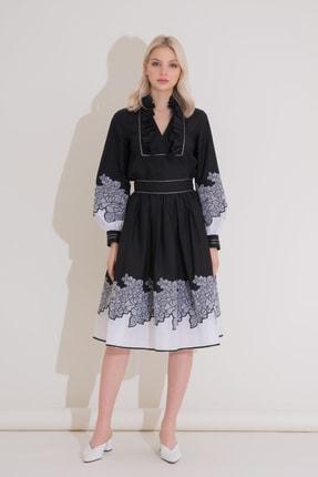 Gizia Kol Nakış Ve Yaka Detaylı Siyah Poplin Bluz