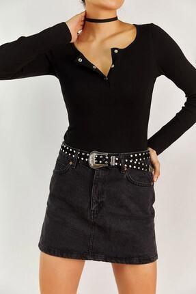 Boutiquen Kadın Siyah Yakası Çıtçıtlı Bluz 1337