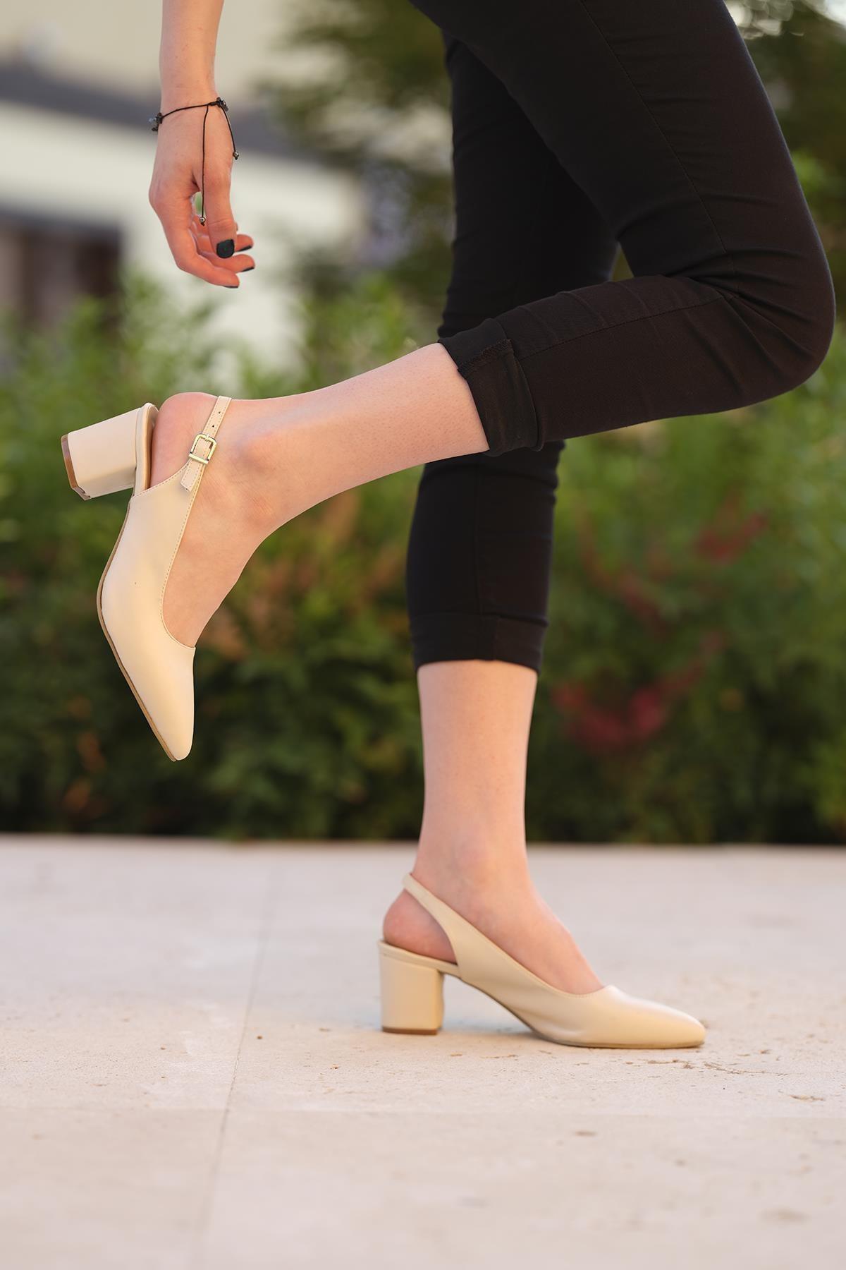 Oksit Giyim Florin Emma Toka Detaylı Topuklu Ayakkabı
