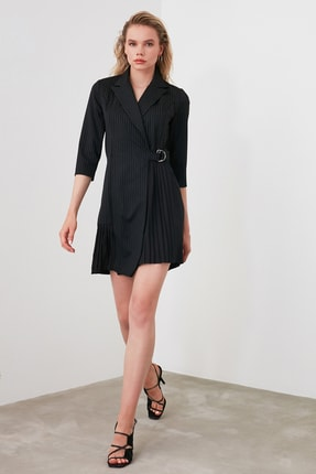TrendyolMilla Siyah Çizgili Elbise TWOAW20EL1517