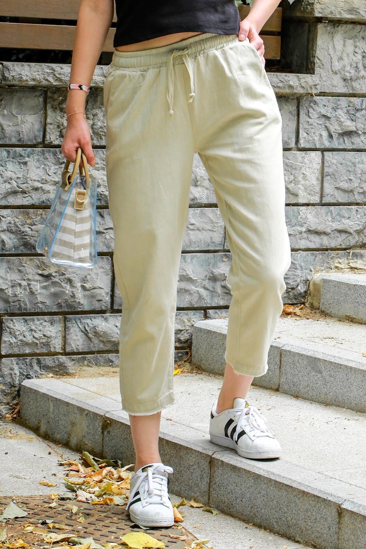 Madmext Mad Girls Krem Beli Lastikli Paça Detaylı Pantolon MG573