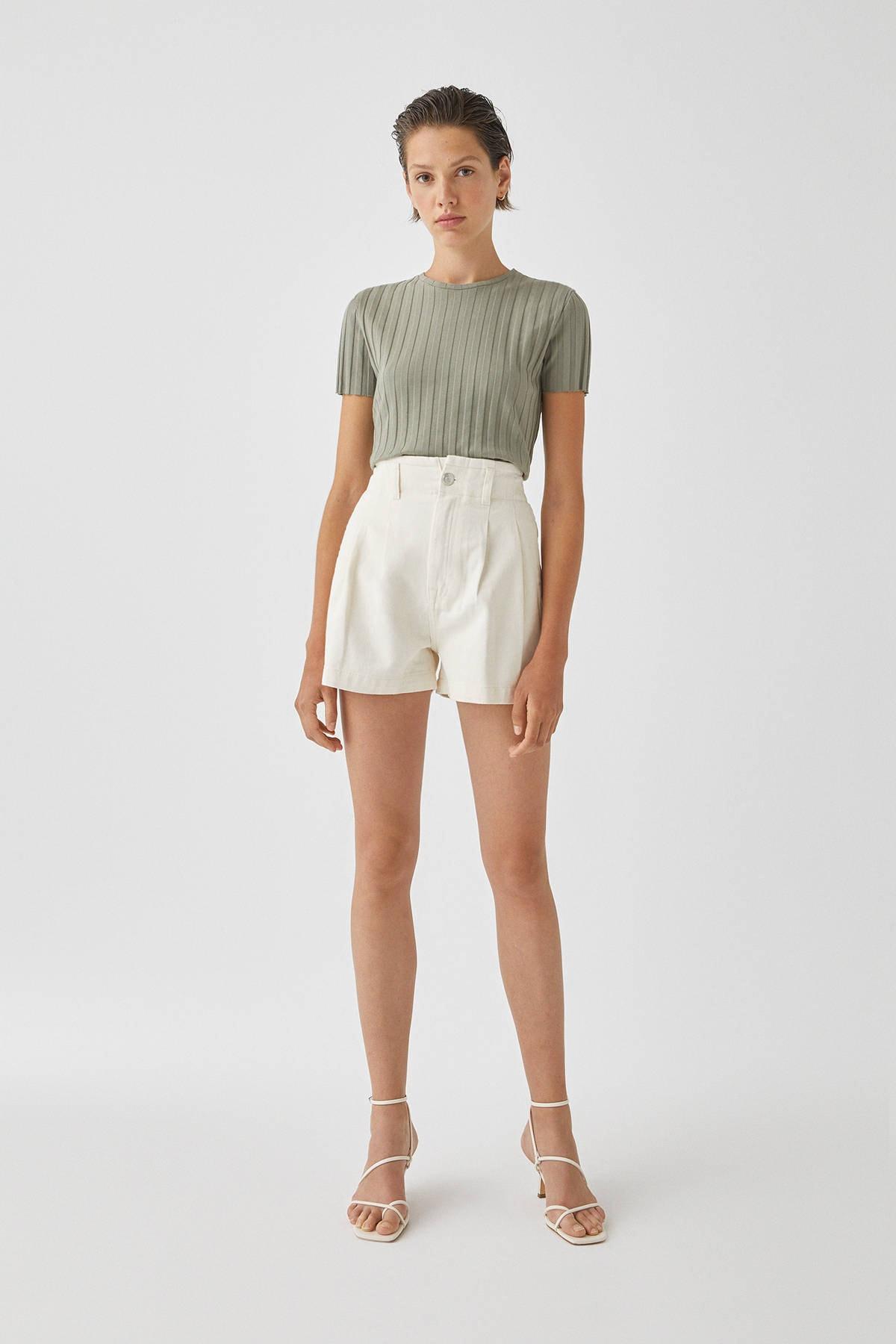 Pull & Bear Kadın Açık Haki Geniş Fitilli Basic T-Shirt 05238366