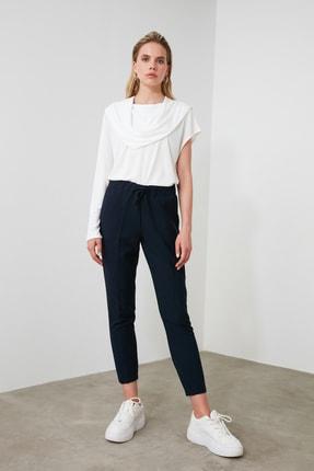 TrendyolMilla Lacivert Bağlama Detaylı Pantolon TWOSS19ST0212