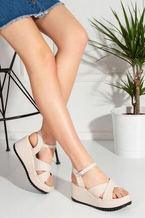 derithy Kadın Bej Yüksek Tabanlı Sandalet tnr0305