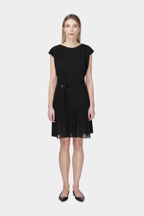 W Collection Kadın Siyah Piliseli Elbise