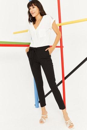 Lafaba Kadın Siyah Kuşaklı Çizgili Pantolon