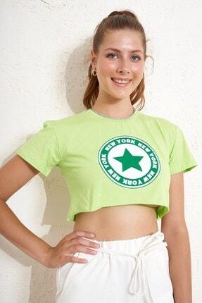 Eka Yıldız Baskılı Crop T-shirt
