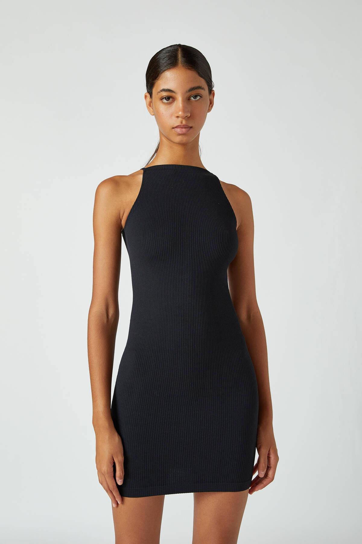 Pull & Bear Kadın Siyah Dikişsiz Halter Yaka Elbise 09391391