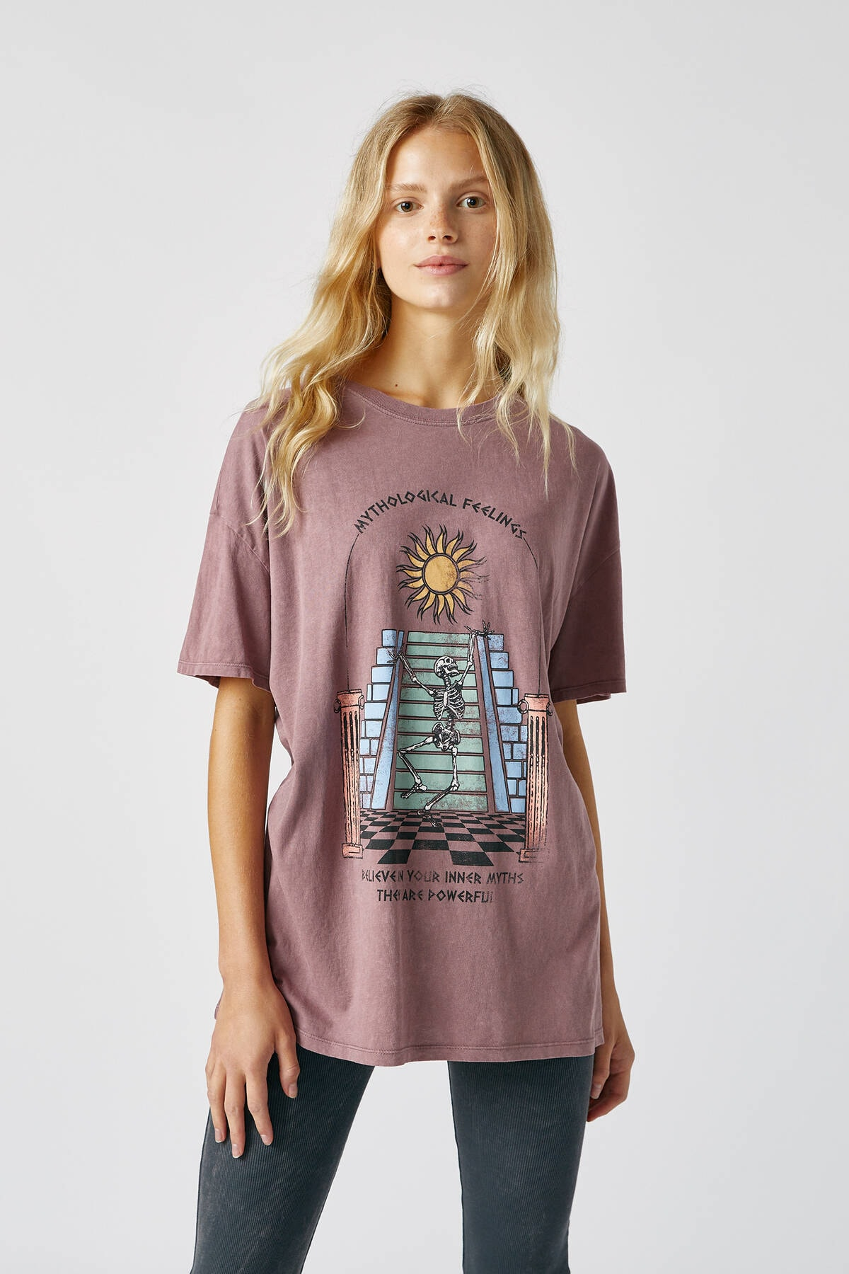 Pull & Bear Kadın Pastel Leylak Rengi İskelet Desenli T-Shirt 09247375