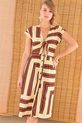 Bsl Kadın Ekru Düğme Detaylı Bağlamalı Elbise 12251
