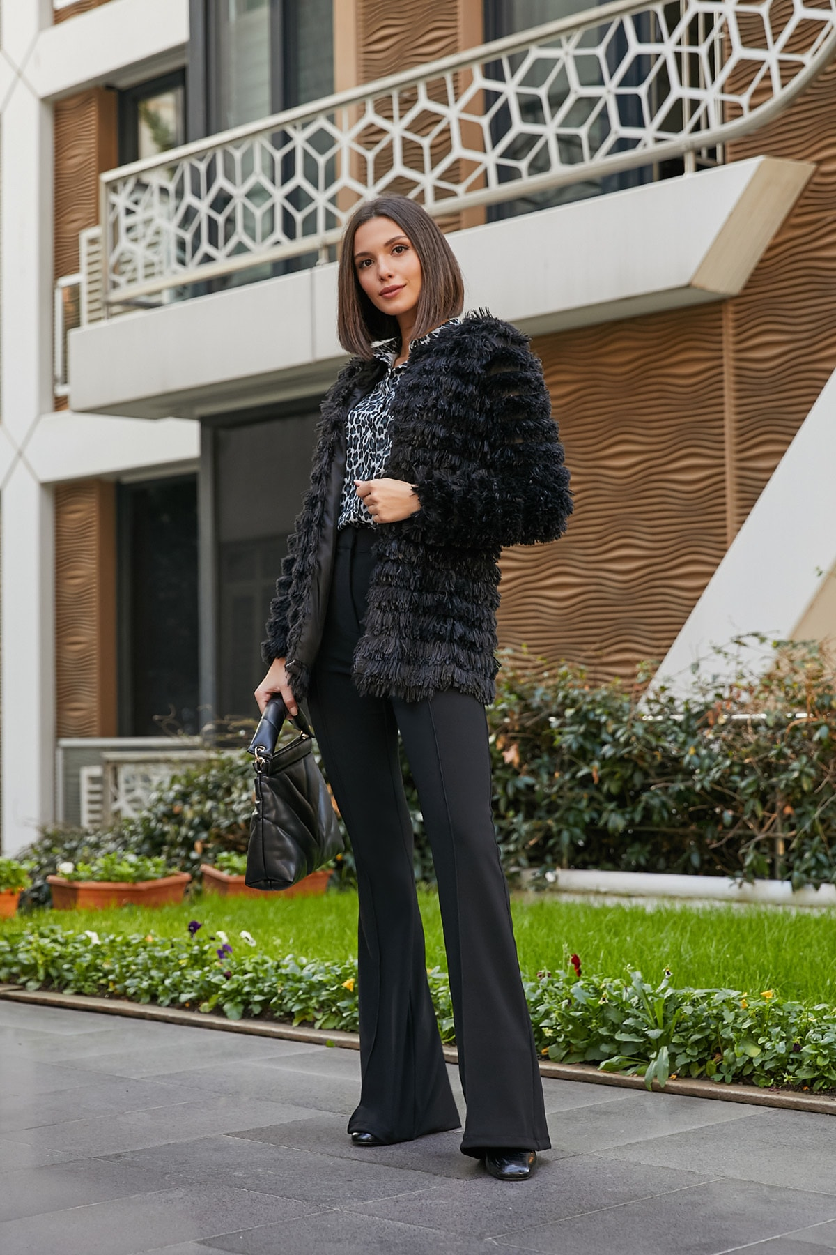 Sateen Astarlı Tiftikli Peluş Ceket - SİYAH