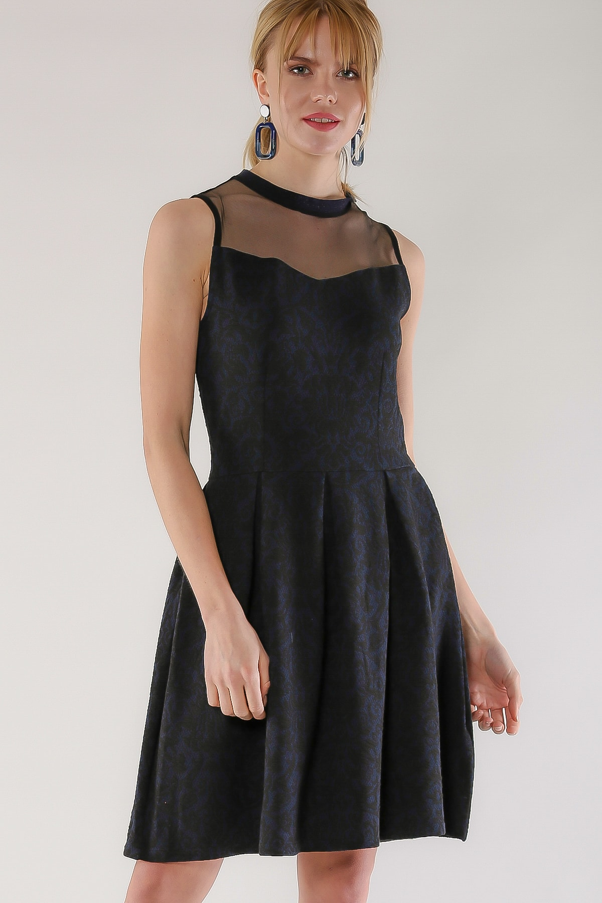 Chiccy Kadın Siyah Vintage Robası Mesh Detaylı Elbise M10160000EL97476