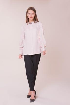 Gizia Kadın Yaka Taş Detalı Pudra Gömlek M18K2X08312KY